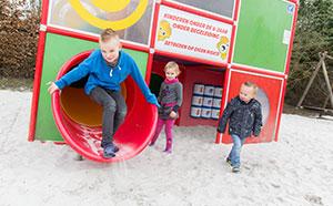 Speeltuin voor de kinderen bij Den Overkant in Riel
